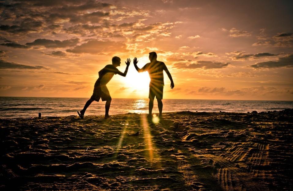 بالصور اجمل كلام عن الصديق , الصديق السند 4948 6