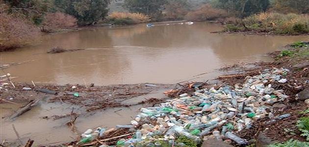 بالصور اسباب تلوث الماء , كيفيه فساد المياه وتلوثها 4986
