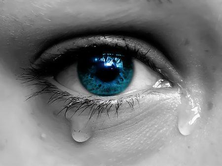 بالصور صور عيون حزينه , صور عين تبكي 5082 4