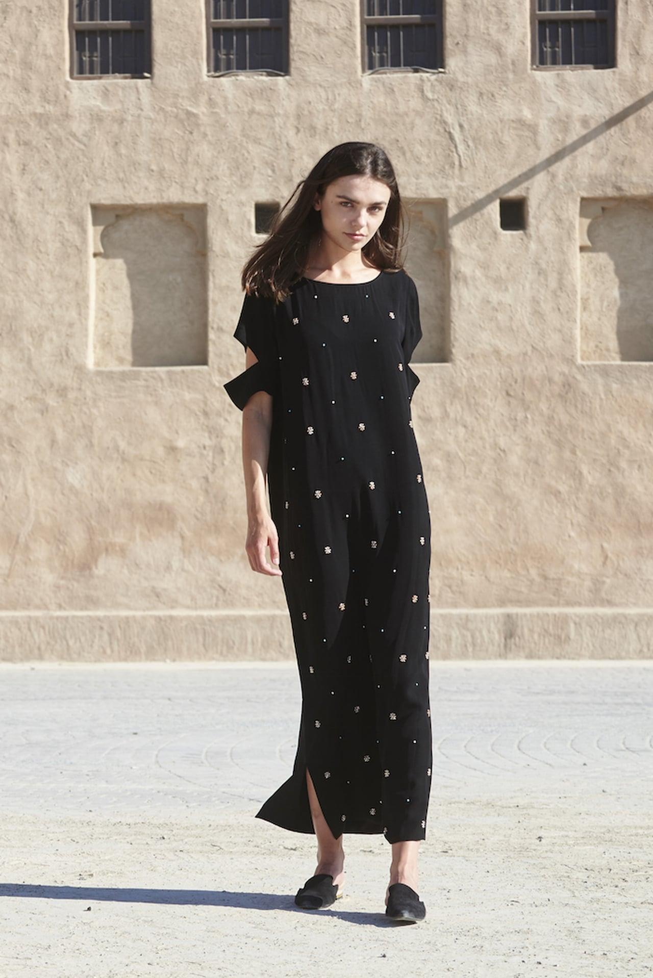 صورة عبايات مصرية , عبايات جميلة و بسيطة