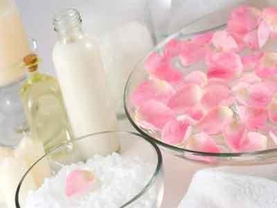 صورة فوائد ماء الورد , فيديو عن فوائد ماء الورد