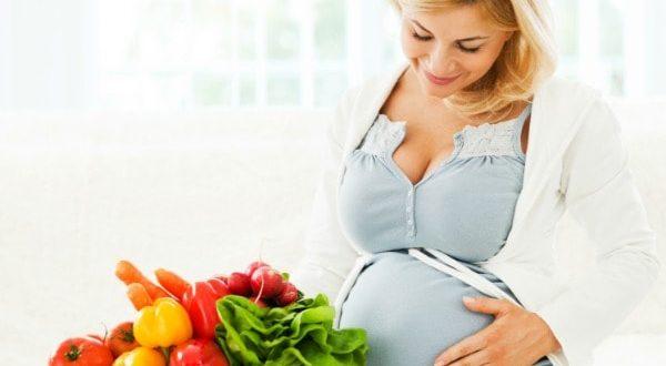 صور تغذية الحامل في الشهر الاول , جدول زمنى و نصائح هامه لتغذيه الام فى اوائل الحمل