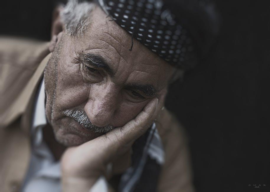 نتيجة بحث الصور عن صور شخص حزين