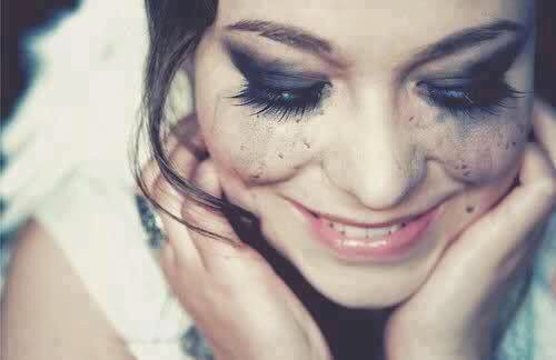 بالصور صور بنت تضحك , اجمل البنات المبتسمة 1714 1