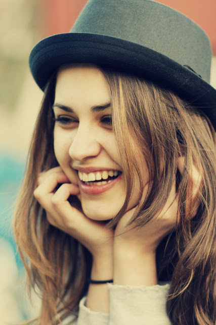 بالصور صور بنت تضحك , اجمل البنات المبتسمة 1714 3