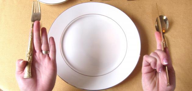 صور اتيكيت الشوكة والسكين , افضل اتيكيت للطعام