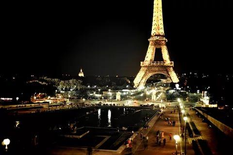 صور صور لبرج ايفل , اجمل صور برج ايفل بفرنسا