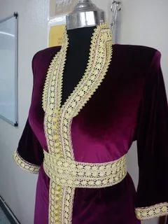 صورة قنادر قطيفة 2019 عراسي , اجمل تصميمات حديثة لفستان البيت القطيفة 2785 4