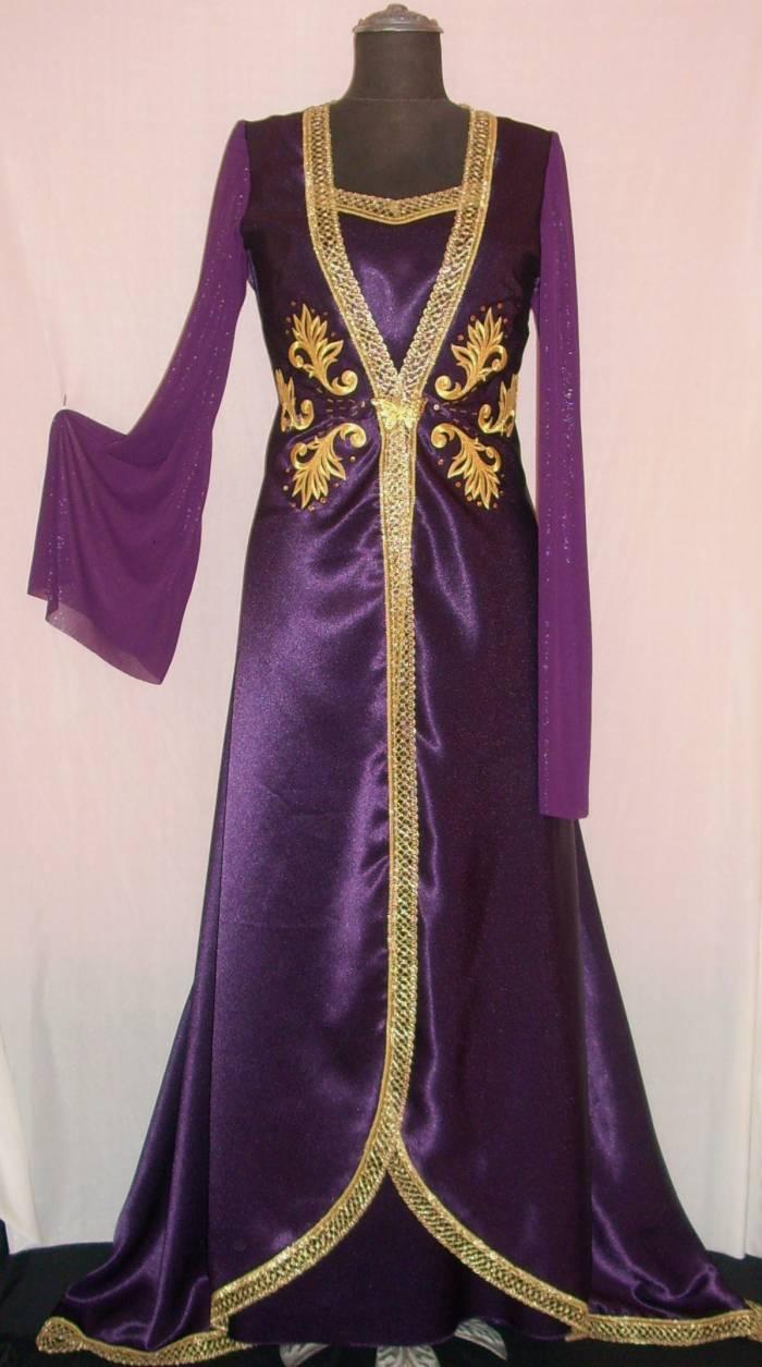 صورة قنادر قطيفة 2019 عراسي , اجمل تصميمات حديثة لفستان البيت القطيفة 2785 5