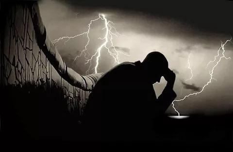 صورة خلفيات حزن , خلفية حزن مؤثرة ومبكية
