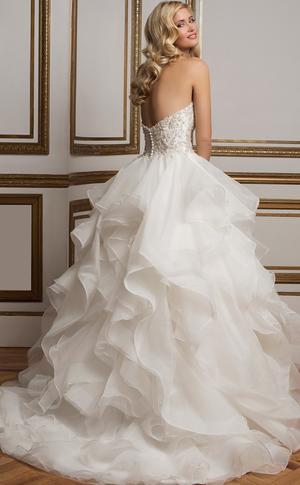 صورة صور بدلات اعراس , مويلات مختلفه لبدلات الاعراس 3972 7