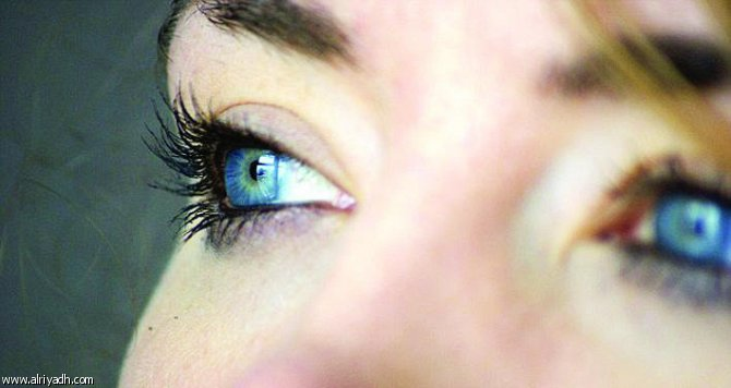 عيون زرقاء ما اجمل العيون الزرقاء دلع ورد