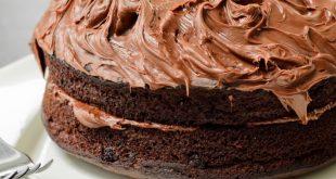 صورة كريمة الشوكولاته لتزيين الكيك , اجمل تزيين للكيك بالشوكولاتة