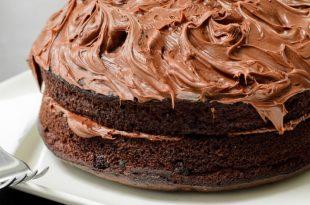 صور كريمة الشوكولاته لتزيين الكيك , اجمل تزيين للكيك بالشوكولاتة