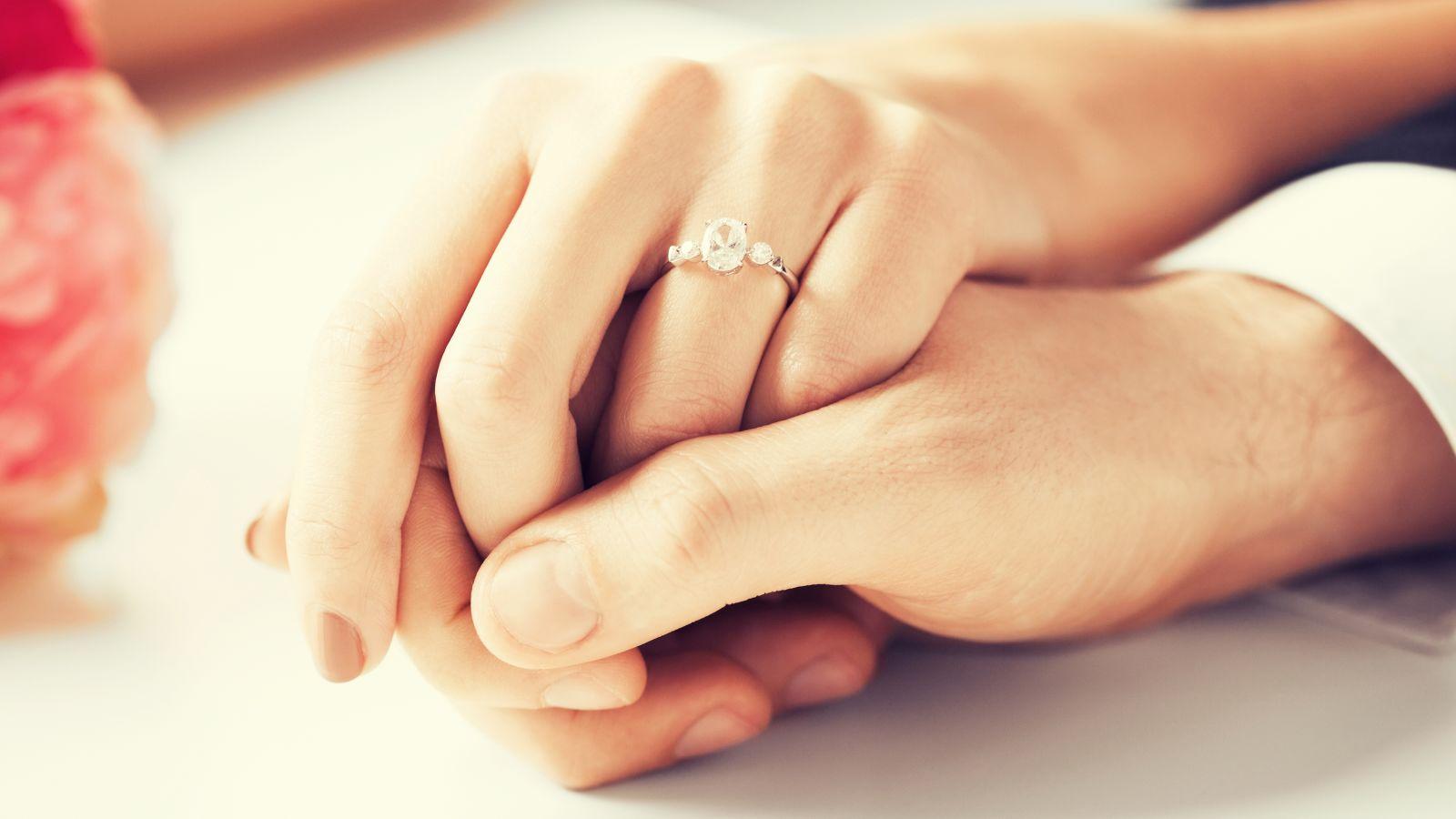 صورة كيف تعرف انك تحب , طرق اختبار اذا كنت وقعت فى الحب