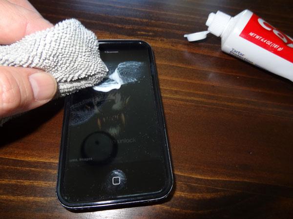 بالصور تنظيف الهاتف , طرق صحيحه لتنظيف الهاتف جيدا 975 3