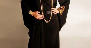 صورة عباية اماراتية , فخامه اللون الاسود فى عبايات الامارات