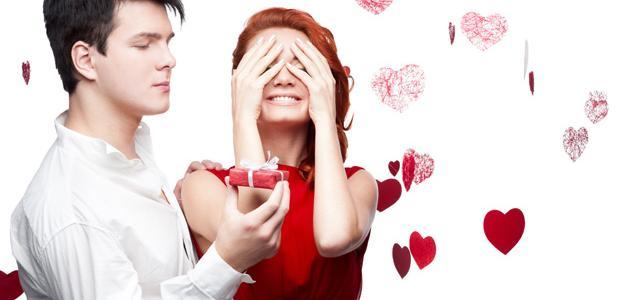 صورة كيف تجعل شخص يحبك ويتزوجك , تعرف على طريقة خطف قلب انسان وتعشقه
