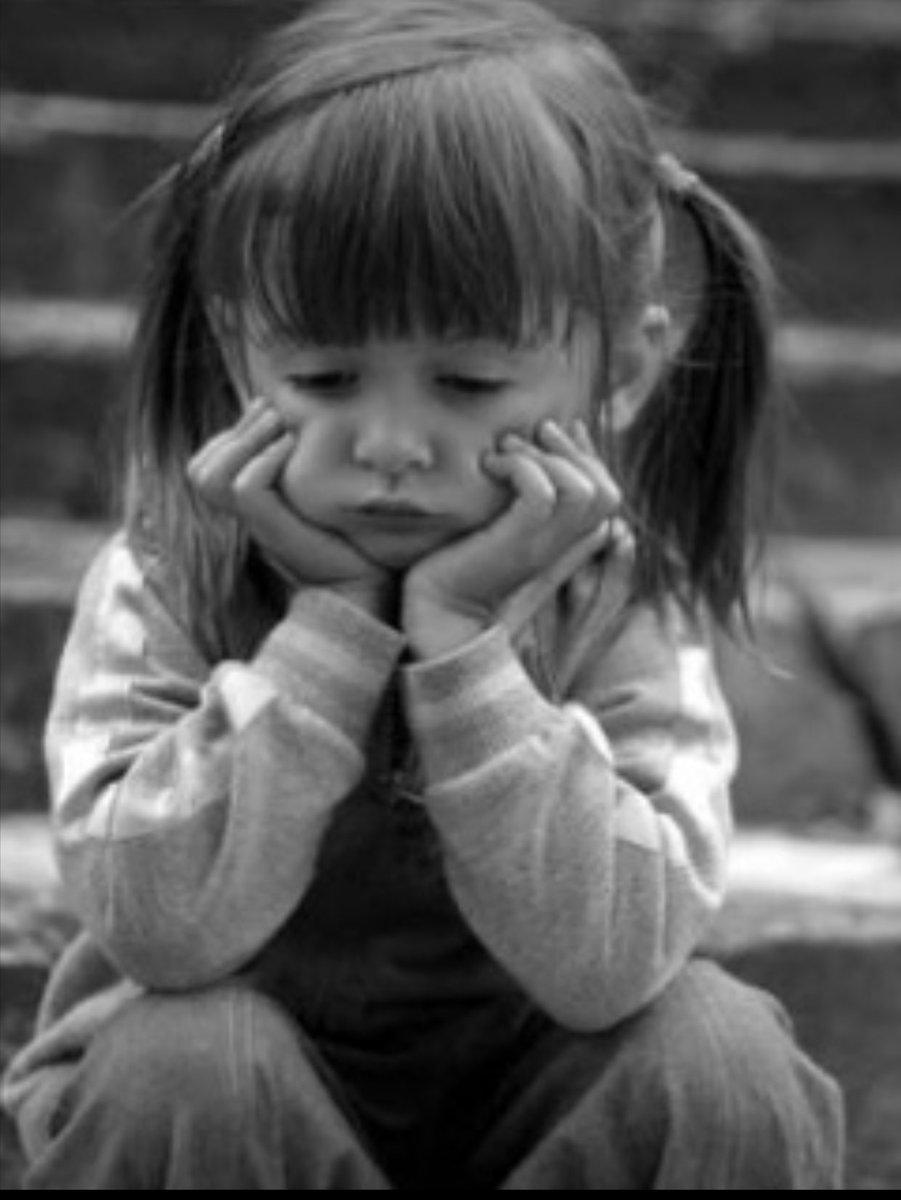 بالصور طفلة حزينة , صور مؤثرة جدا لبنات حزينه وحيدة 646 10