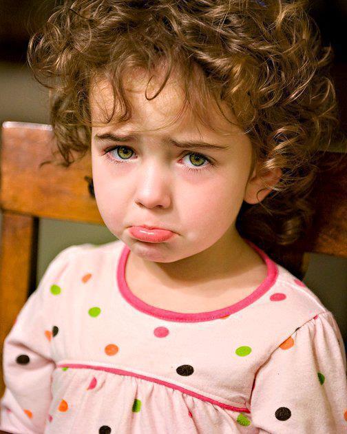 بالصور طفلة حزينة , صور مؤثرة جدا لبنات حزينه وحيدة 646 11