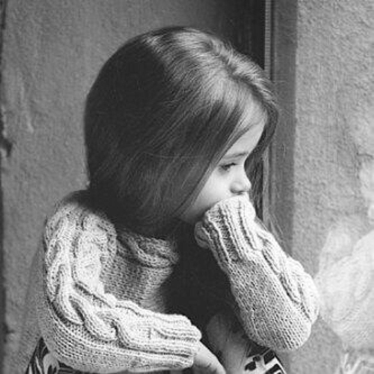 بالصور طفلة حزينة , صور مؤثرة جدا لبنات حزينه وحيدة