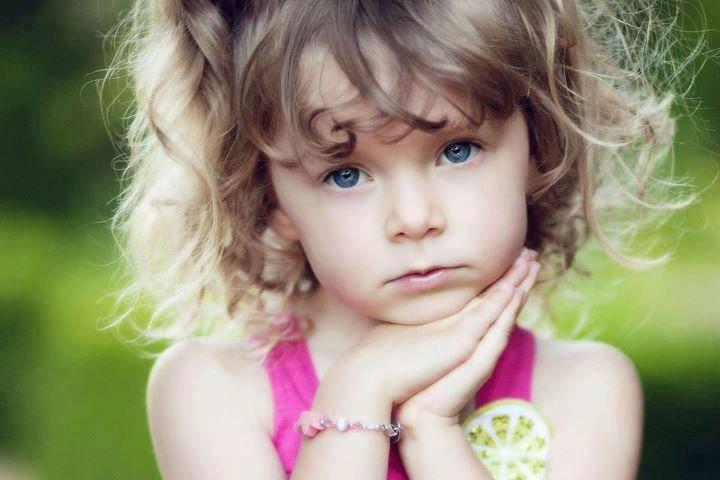 صوره طفلة حزينة , صور مؤثرة جدا لبنات حزينه وحيدة