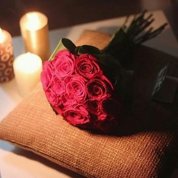 صورة عبارات عن الورد , خواطر رقيقه فى حب الورد