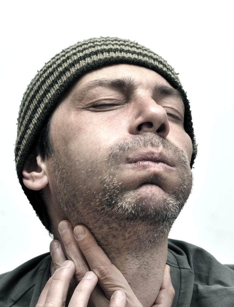 بالصور علاج نحافة الوجه عند الرجال , طرق علاج نحافة وجه الرجال 3763 2