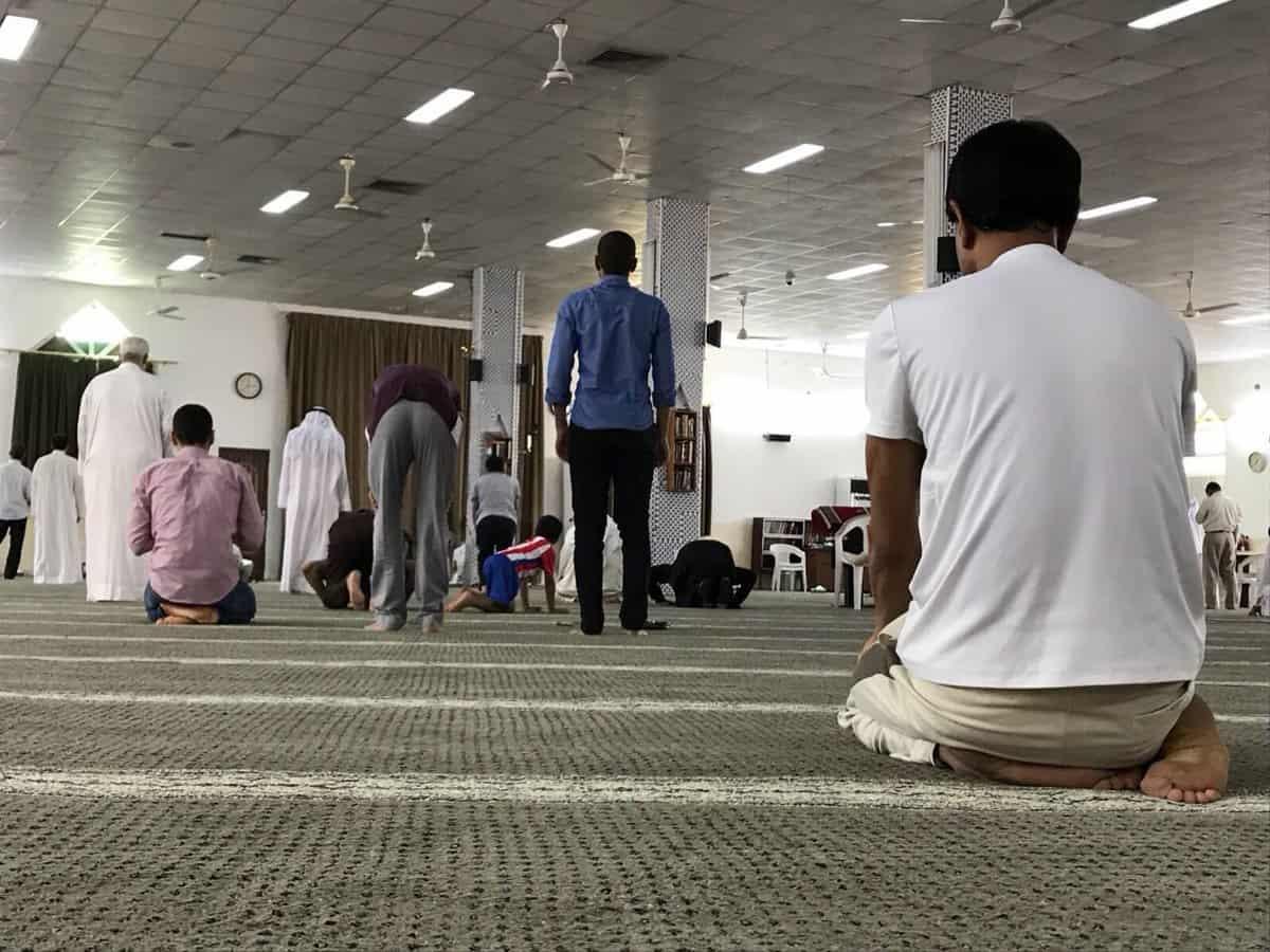 بالصور رؤية شخص يصلي في المنام , تفسير حلم الصلاه فى المنام 5365 2