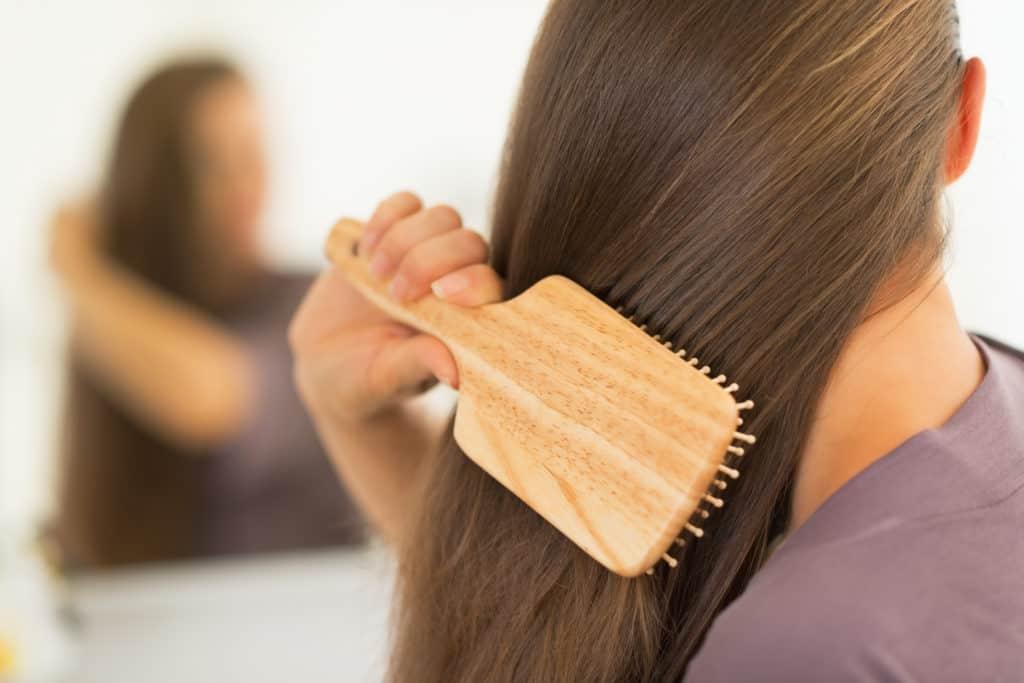 صورة تفسير حلم تمشيط الشعر للعزاء , تفسير منام تسريح الشعر