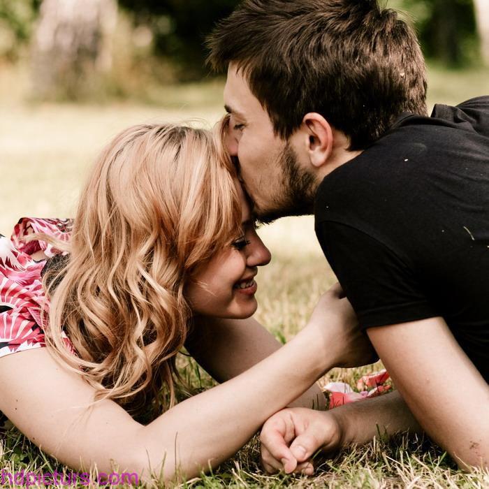 بالصور رسائل بوسه رومانسيه , اجمل صور رومانسبة 12698 9