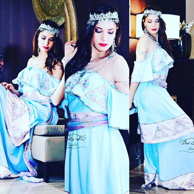 بالصور ازياء تقليدية جزائرية بلمسة عصرية , اجمل الازياء الجزائرية 12836 12