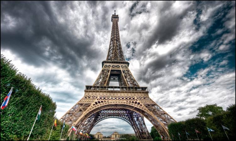 صورة اين يوجد برج ايفل , بما يشتهر برح ايفيل