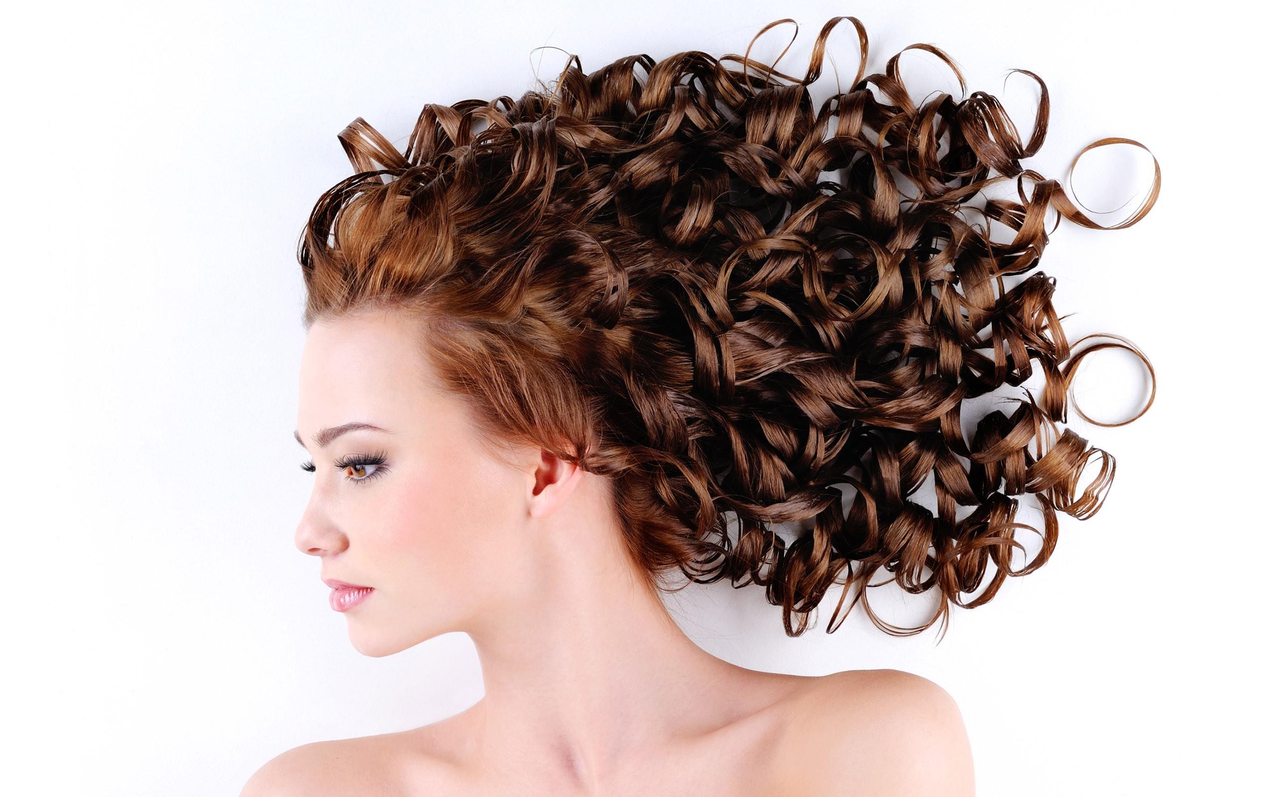 بالصور شعر كيرلي طبيعي , اجمل قصات الشعر 12917 8