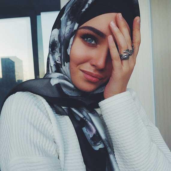 صورة صور بنات محجبات حزينه , صور حزينة ولكن جميلة للمحجبات 5355 1