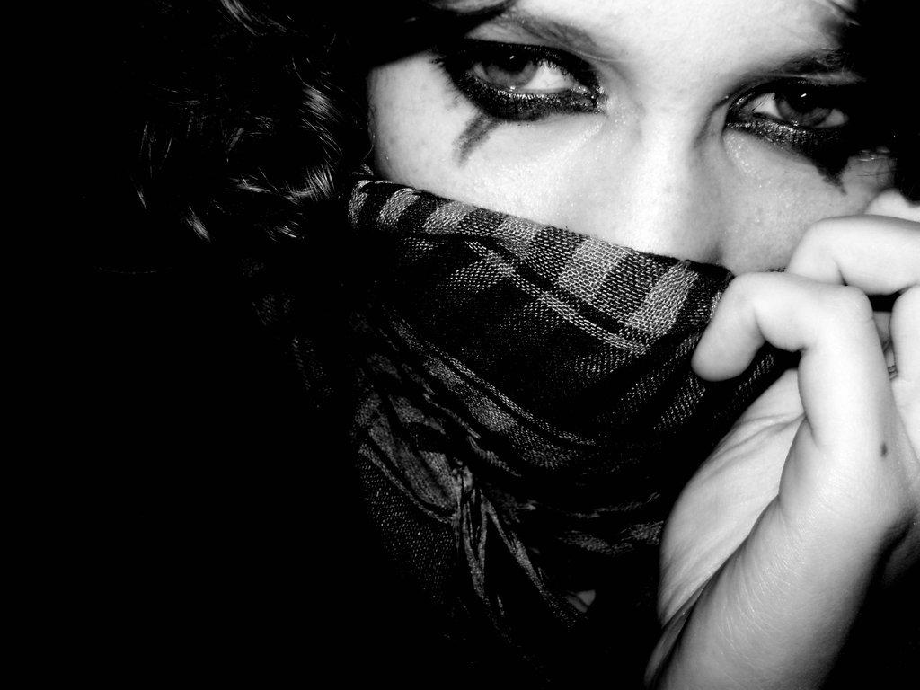 صورة صور بنات محجبات حزينه , صور حزينة ولكن جميلة للمحجبات 5355 2
